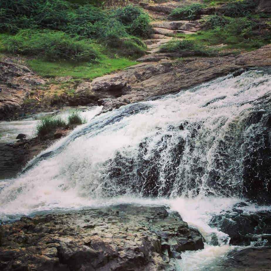 Zhanzharia waterfall