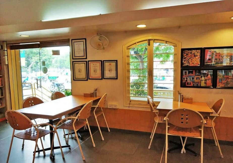 Best 13 Breakfast Places in Ahmadabad to kick start your day