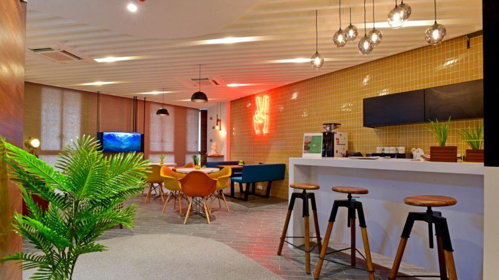 Paragraph lounge area