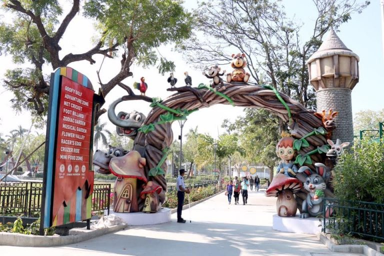 Aatapi Wonderland – All You Need to Know About Gujarat's Biggest Amusement Park